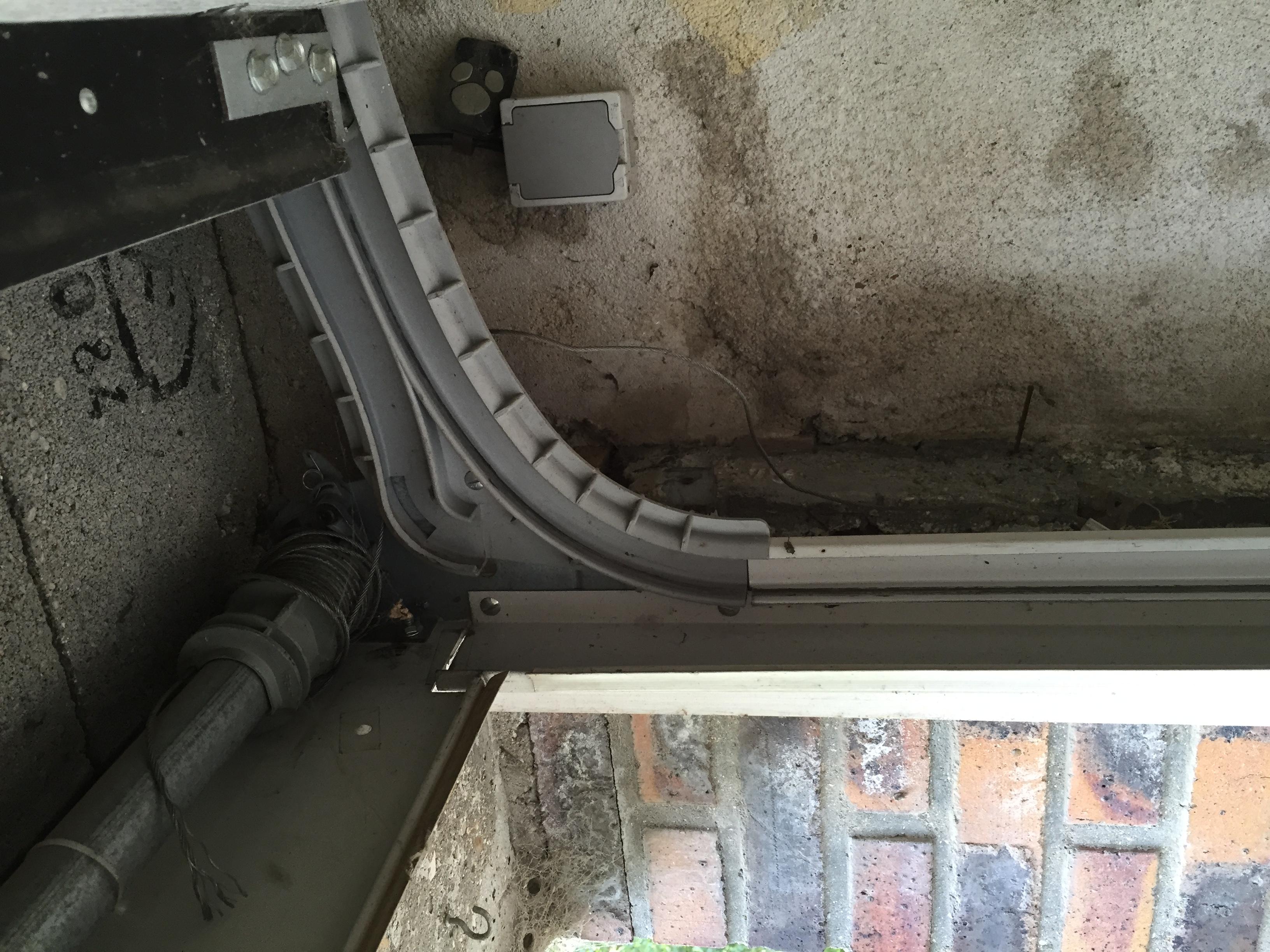 Remplacement moteur wayne dalton par un somfy avec - Porte garage wayne dalton ...