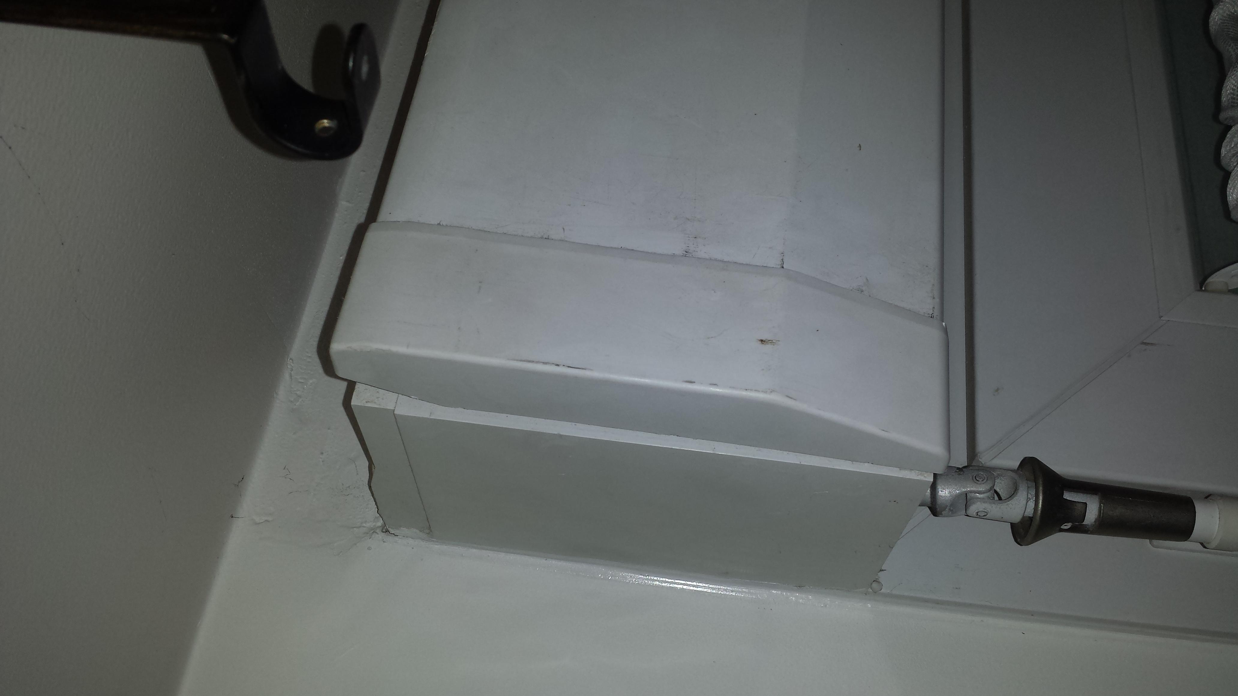 d montage coffre volet roulant avec r ponse s. Black Bedroom Furniture Sets. Home Design Ideas
