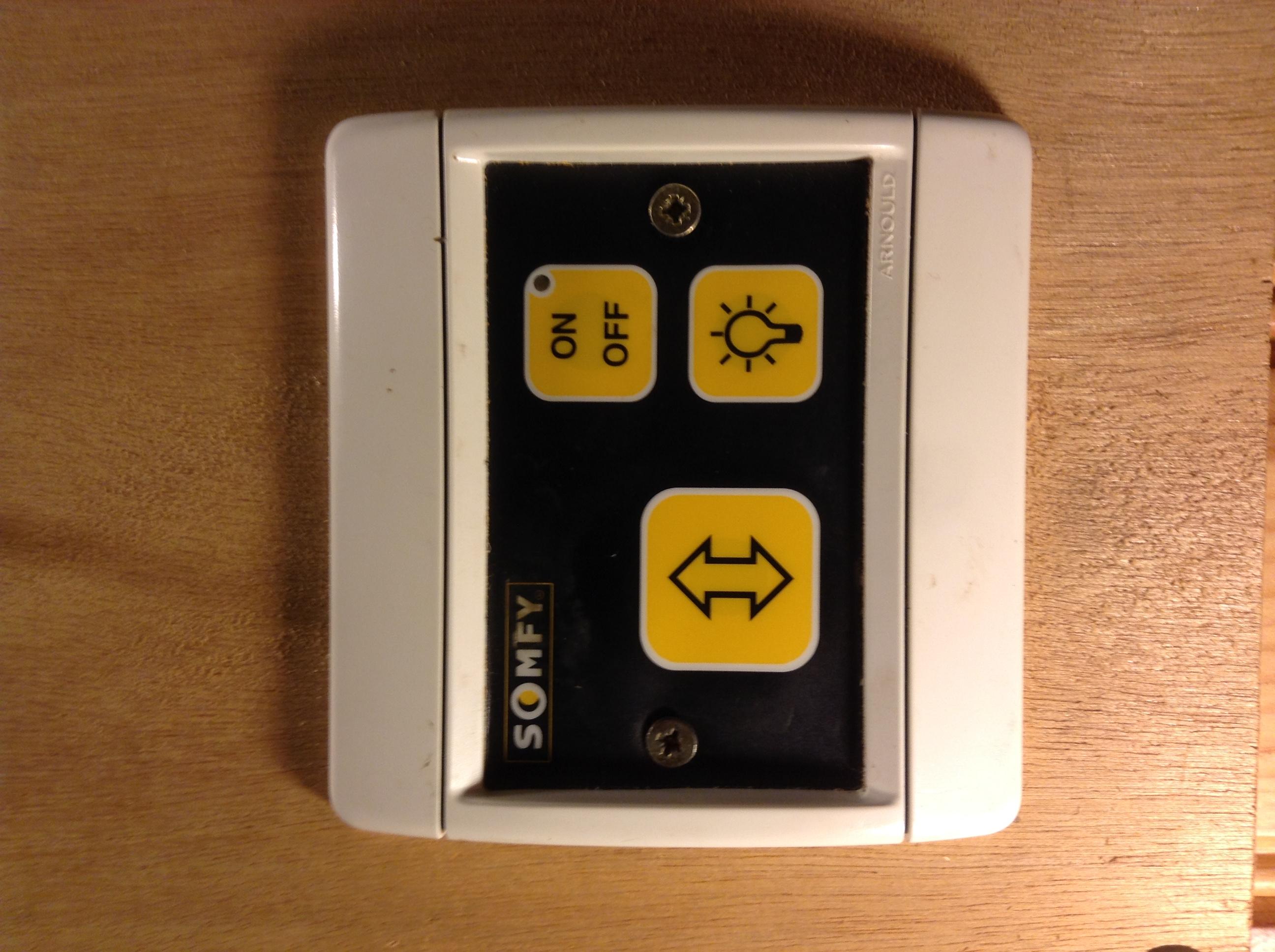 connexion entre bo tier gdk3000 et interrupteur ref 240062. Black Bedroom Furniture Sets. Home Design Ideas