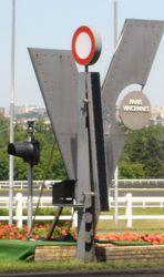 Poteau de Vincennes.jpg